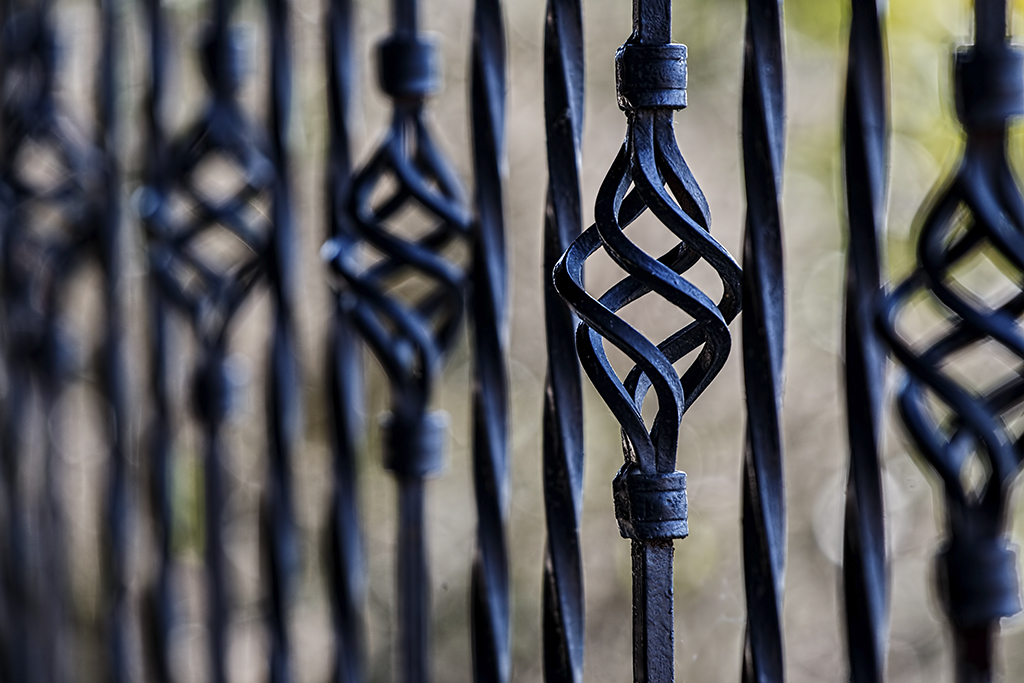 Najnowsze ogrodzenia dla domu ma istotność na zabezpieczenie